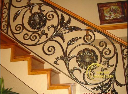 Những mẫu cổng sắt mỹ thuật đẹp nhất luôn đi đầu xu hướng hiện nay